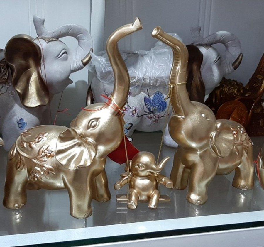Tượng trang trí gia đình voi cao cấp