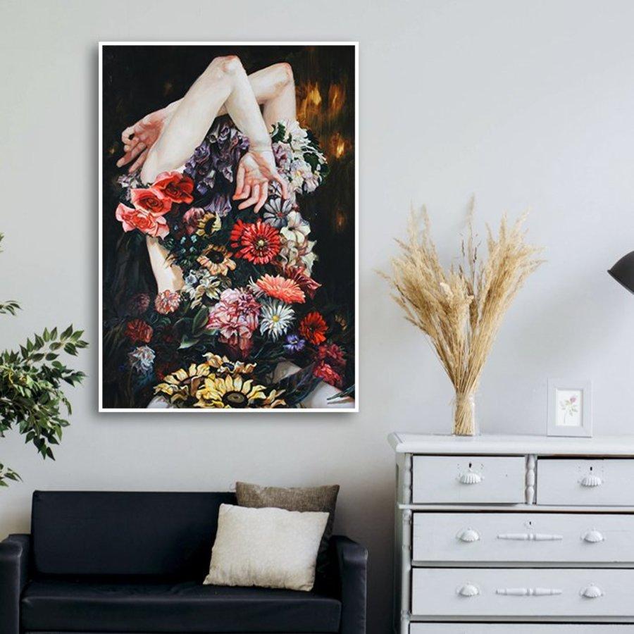 Tranh treo tường nghệ thuật cô gái hoa