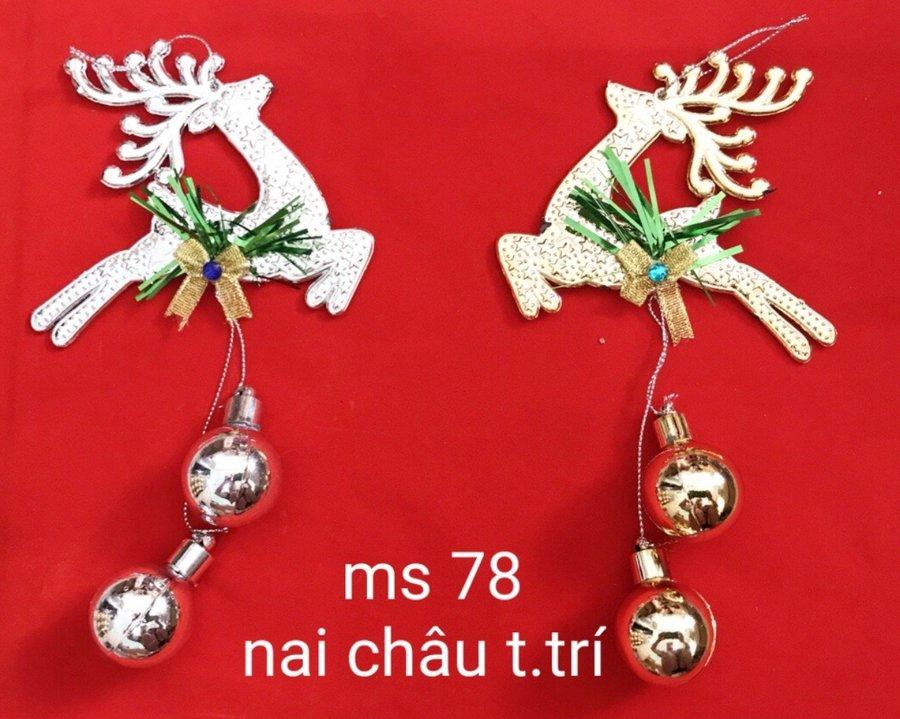 Đồ Trang Trí Noel Nai Và Quả Châu (2 cái)