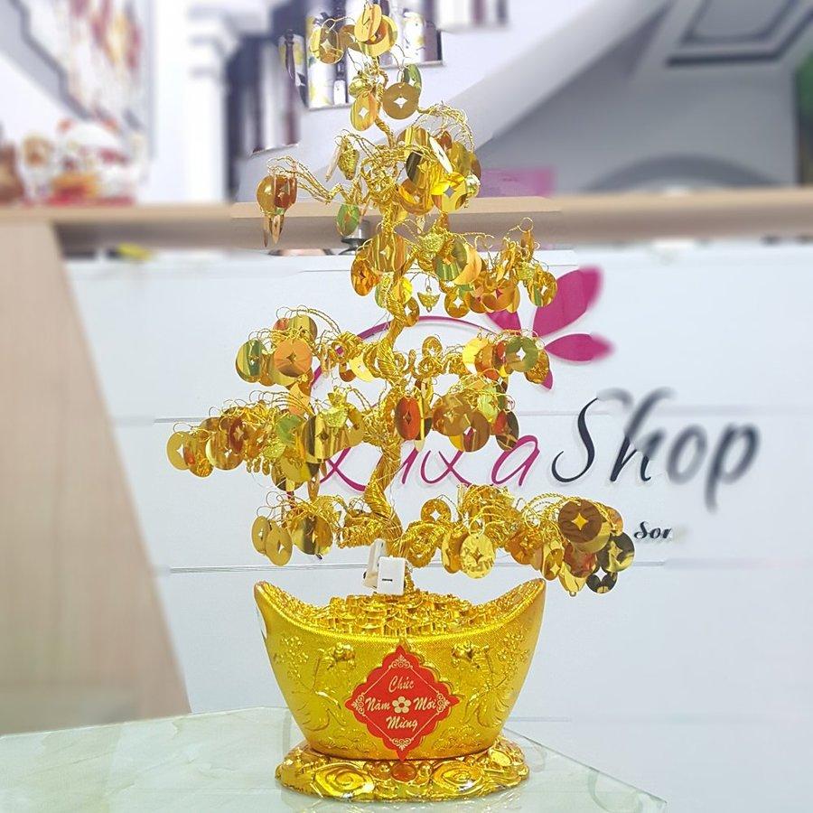 Cây phát tài vàng chúc mừng năm mới có đèn trang trí tết