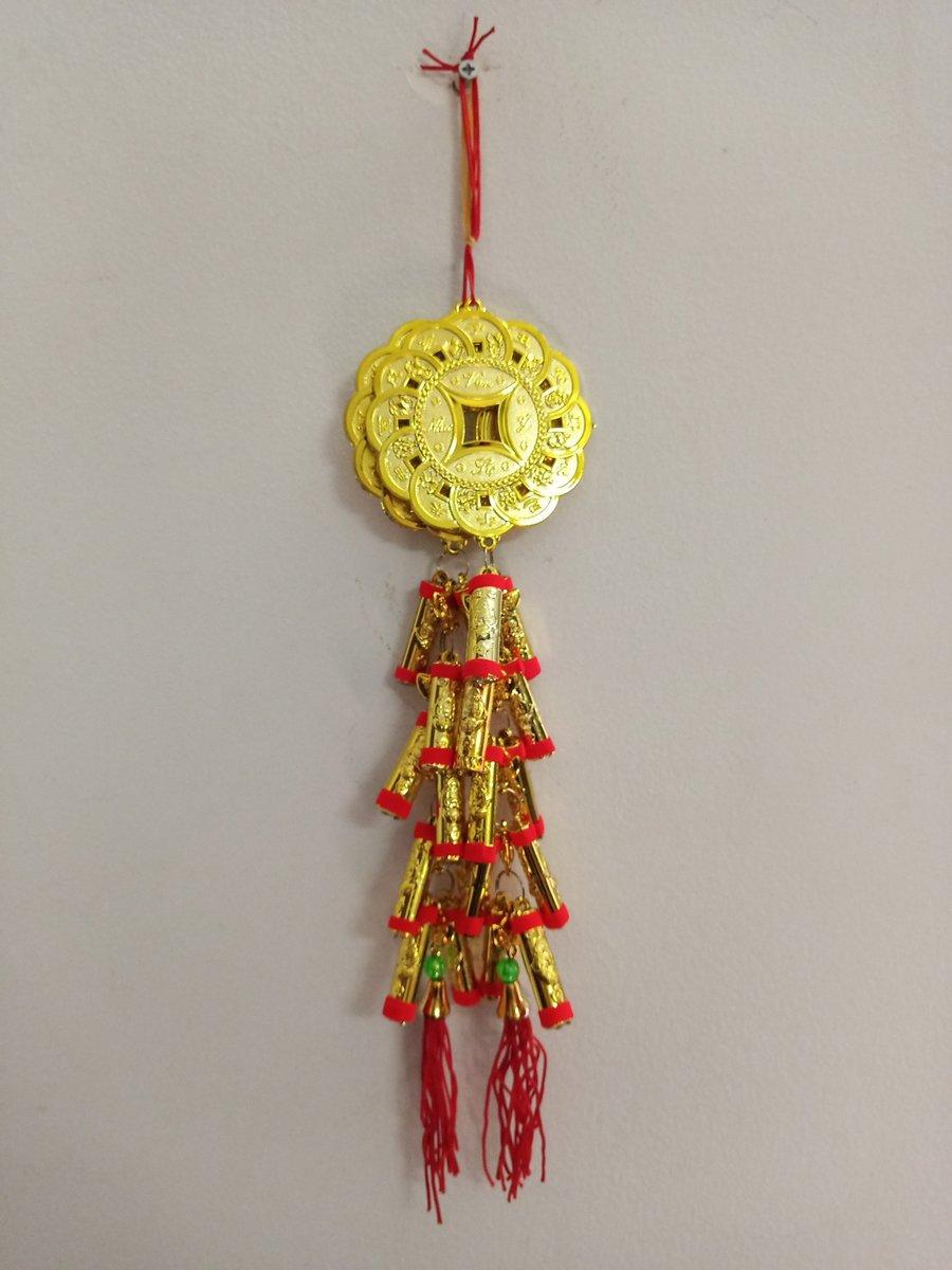 Lộc treo trang trí tết Đồng tiền may mắn và pháo vàng