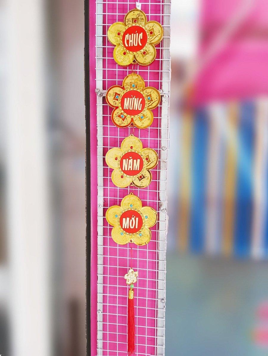 Dây lộc treo trang trí tết hình hoa mai Chúc mừng năm mới (loại lớn)