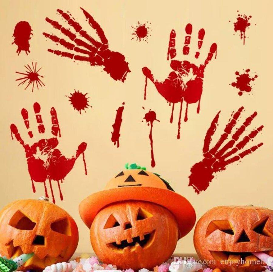 Decal trang trí halloween bàn tay máu
