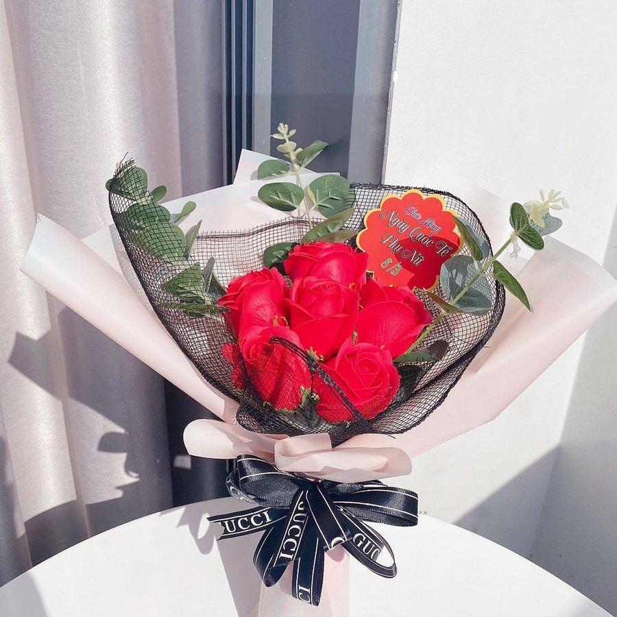 Bó hoa hồng sáp thơm màu đỏ (6 bông)