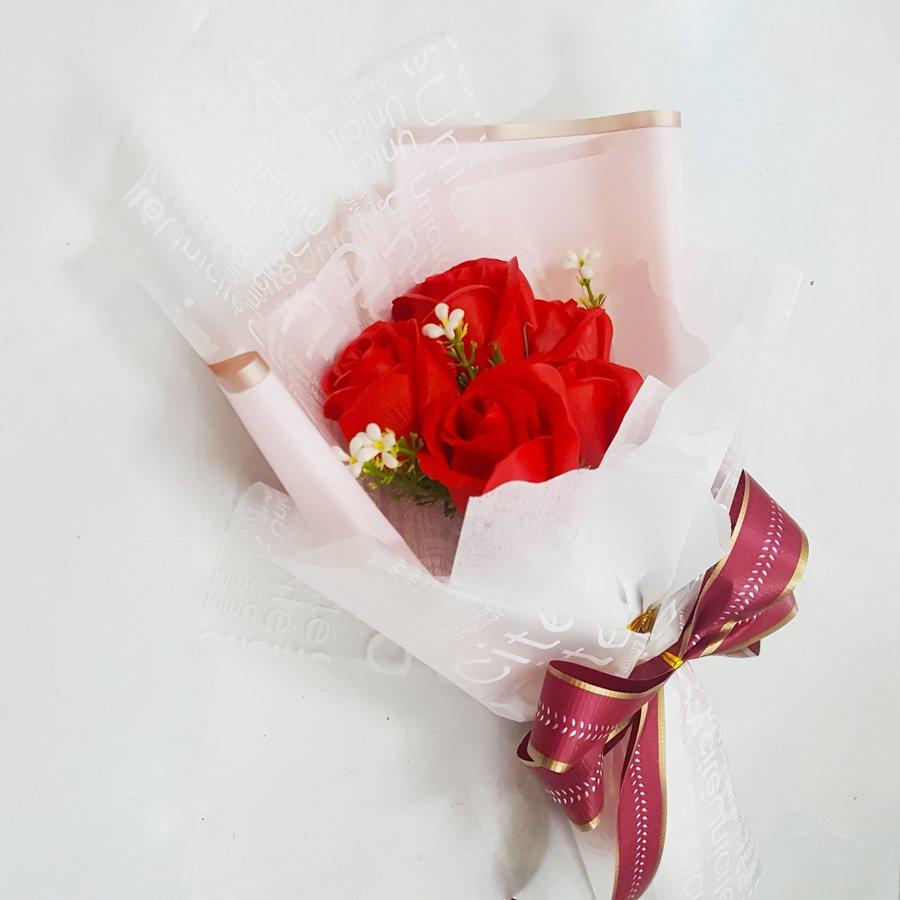 Bó 5 hoa hồng sáp thơm - Tặng kèm thiệp (069)