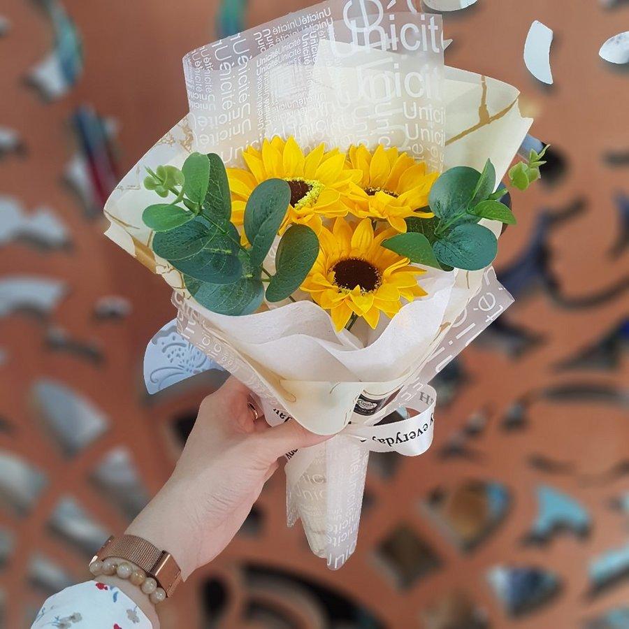 Bó Hoa Hướng Dương quà tặng 8-3 bằng sáp - H059