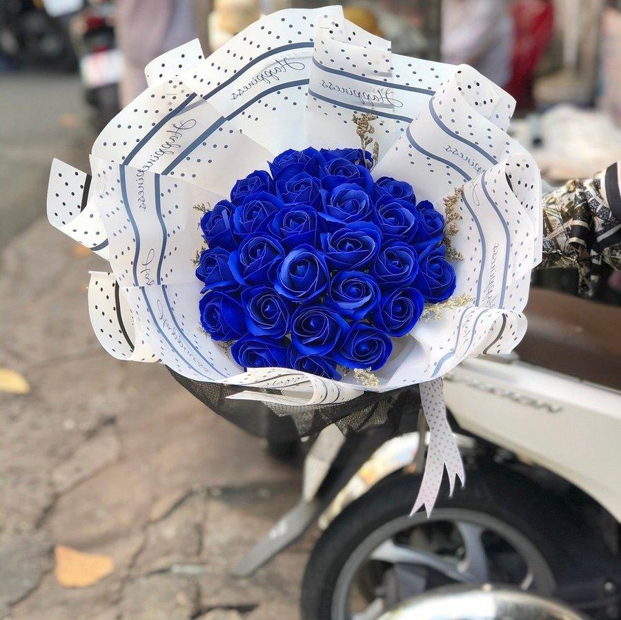 Bó 26 hoa sáp thơm sắc xanh