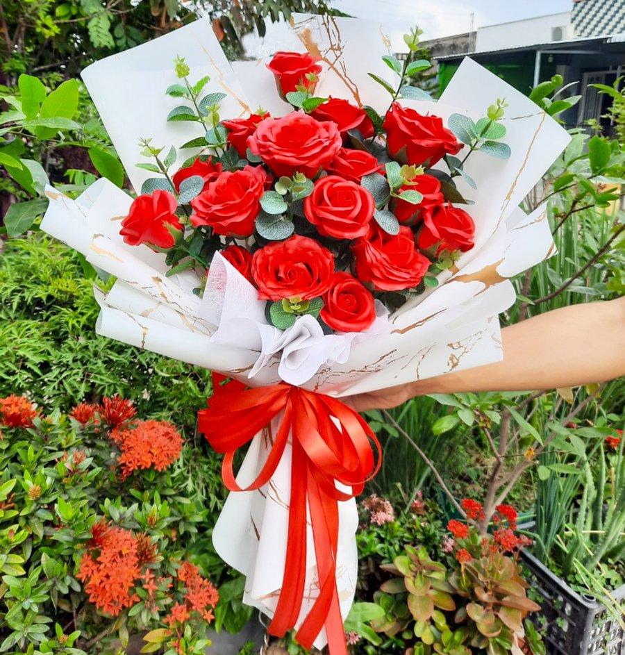 Bó hoa sáp thơm nhiều màu