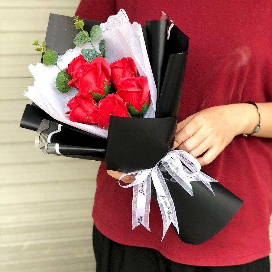 Bó 6 hoa hồng sáp thơm - Tặng kèm thiệp (066)